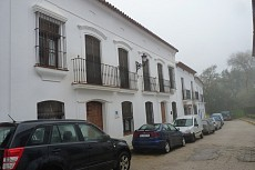 CASA DEL CASTAÑO DE ALMONASTER